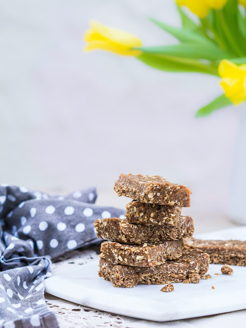 3 step tahini breakfast bars