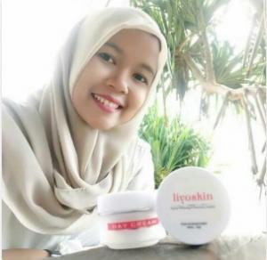 cream yang cocok untuk kulit sensitif dan berjerawat