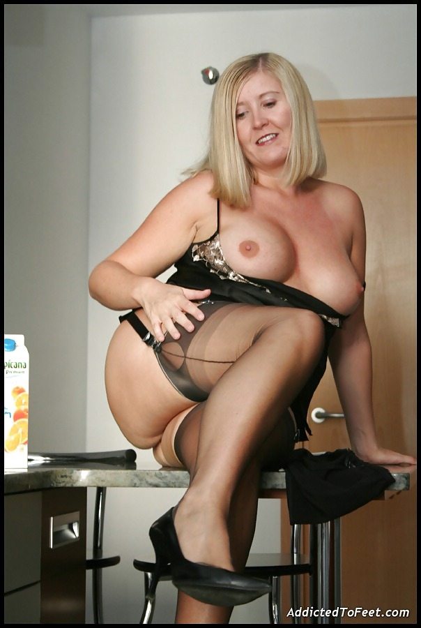 Many Pantyhose Obsessed 68