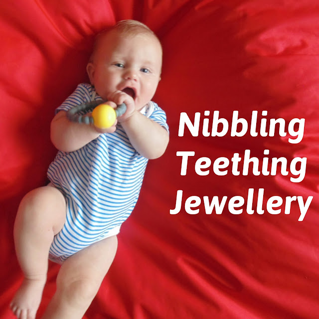 Nibbling teething jewellery review