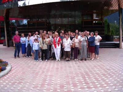 Festival International de Scrabble Francophone Roumanie Poiana Brasov 2004 - Poza de grup la Hotel Piatra Mare