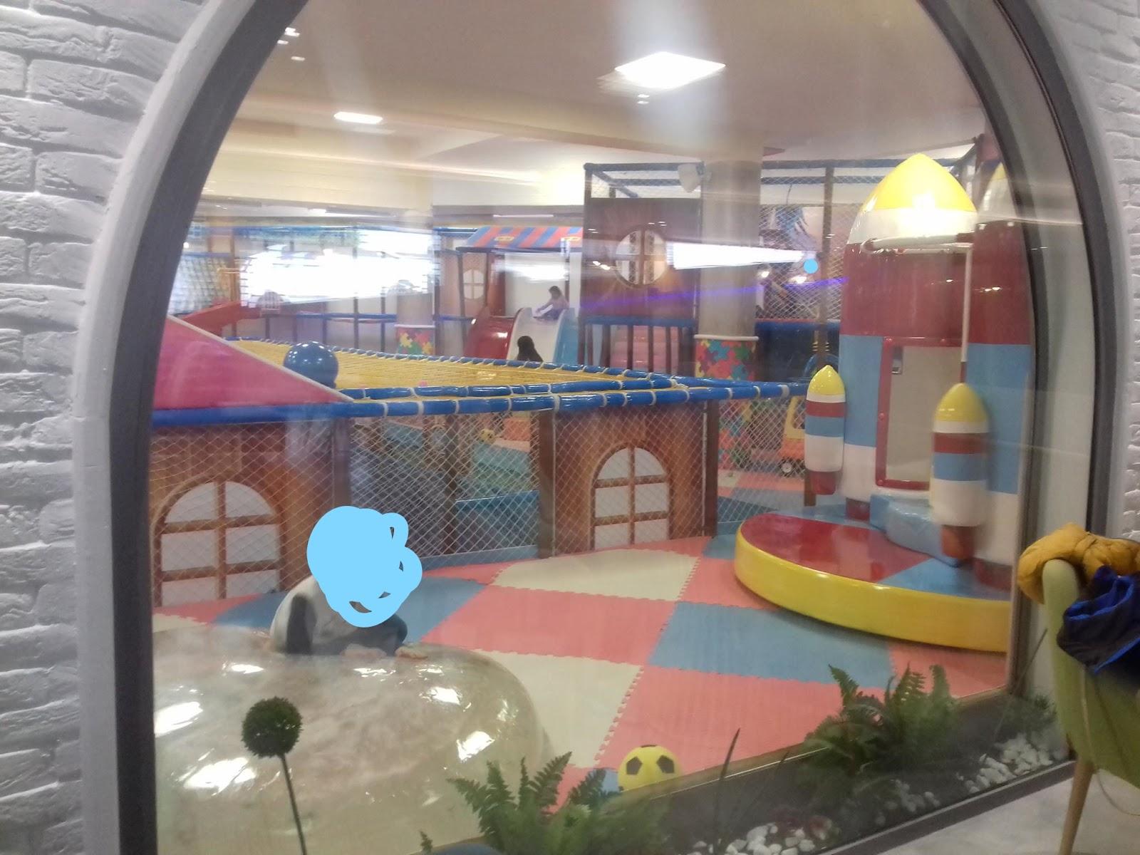 Didondouda Un Cafe Avec Mon Enfant A Tunis 1 Jai Teste GEEK Enassr