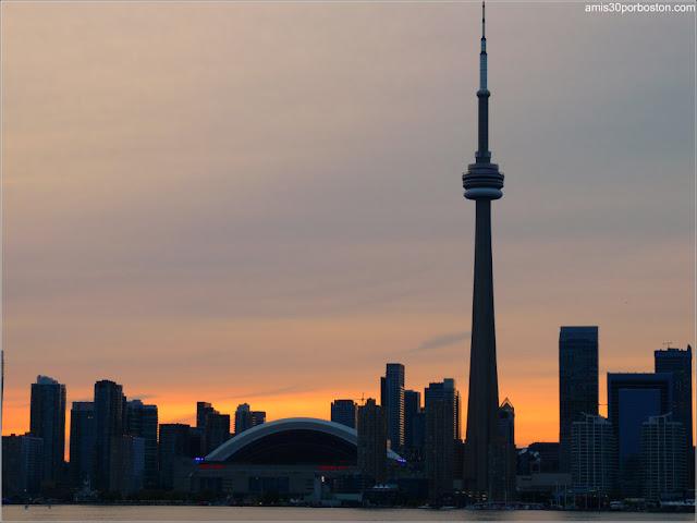 Skyline de Toronto al Atardecer, Canadá
