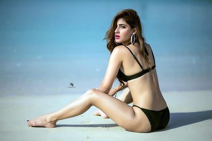 Karishma Sharma Hottest Bikini Pictures - Bollywood Actress Seducing Photos