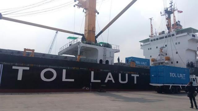 Pemerintah Jokowi-JK siapkan Rp 4,65 T beli puluhan kapal tol laut