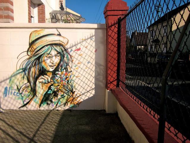 Рисунки на стенах. Alice Pasquini 8