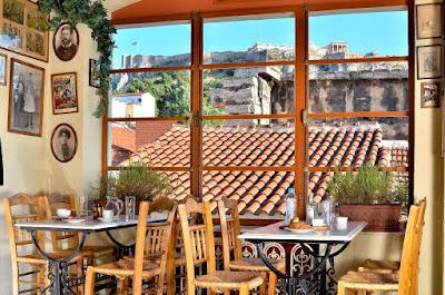 Un café con excelentes vistas en Atenas