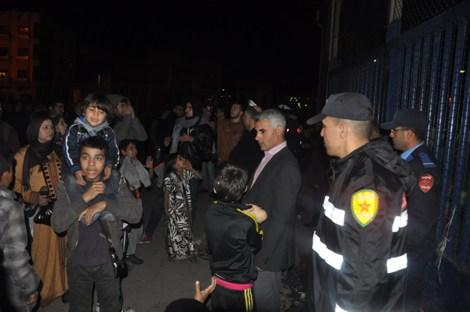 حالة استنفار بالمعبر الحدودي بني انصار بعد محاولة ازيد من 300 قاصر ومتشرد دخول مليلية المحتلة