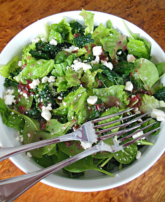 Cranberry with Thyme Vinaigrette over mixed greens and Feta.