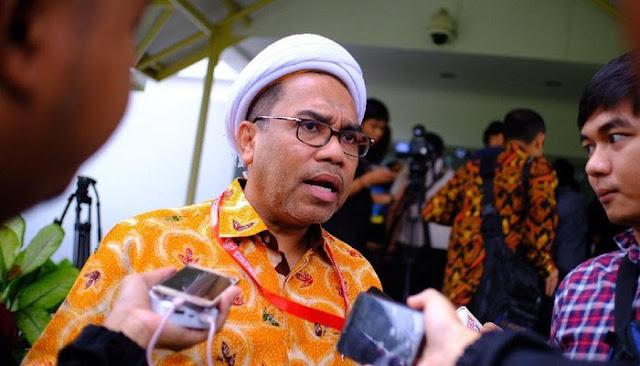 Ngabalin Sebut Andi Arief Raja Hoax dan Tengku Zulkarnain Mulut Comberan