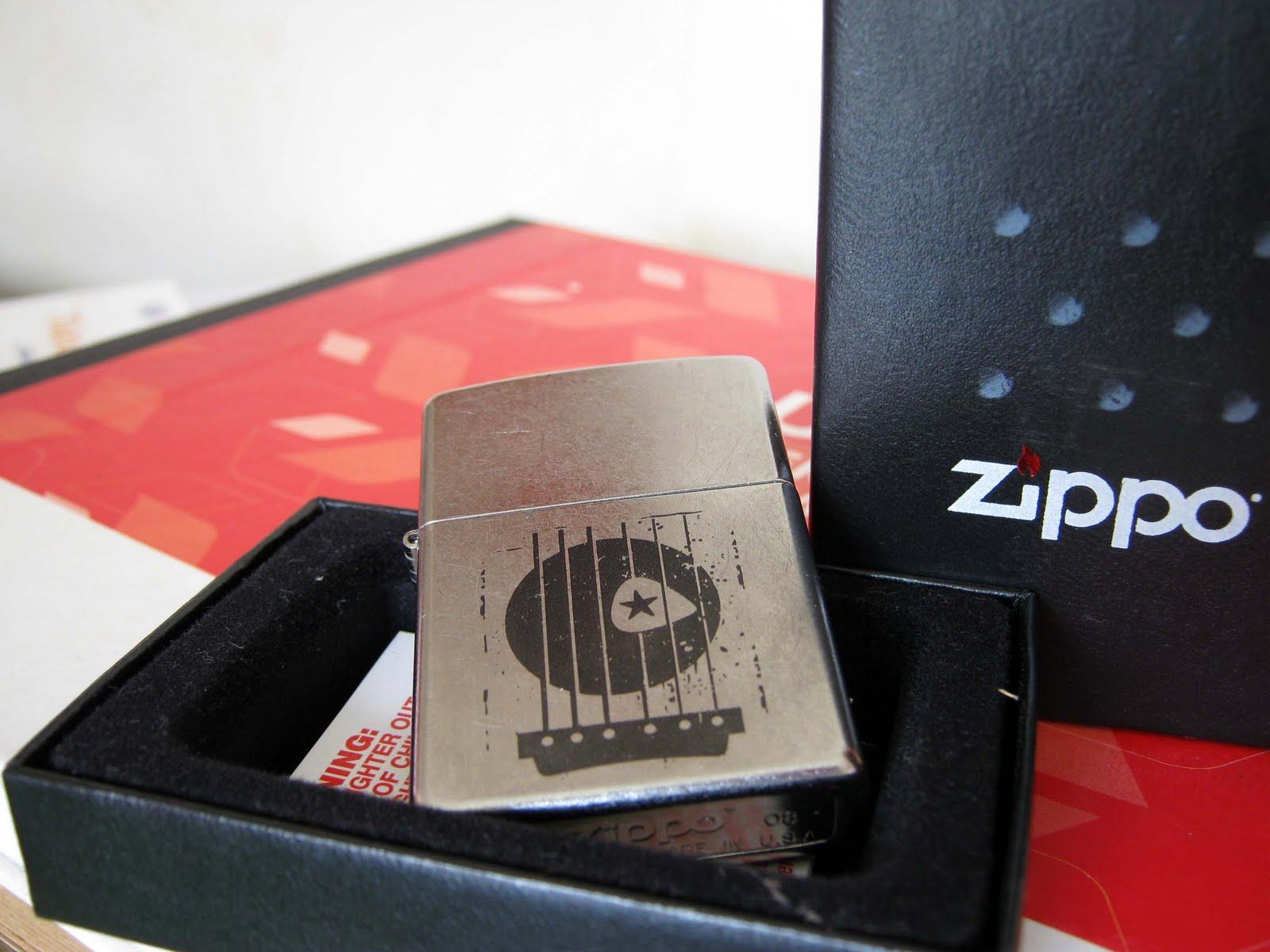 Toko Zippo - flazjax8: SOLD - Zippo Guitar Pick