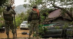 """""""Sicarios atacan viviendas e incendio vehículos en Badiraguato, la tierra de El Chapo"""""""
