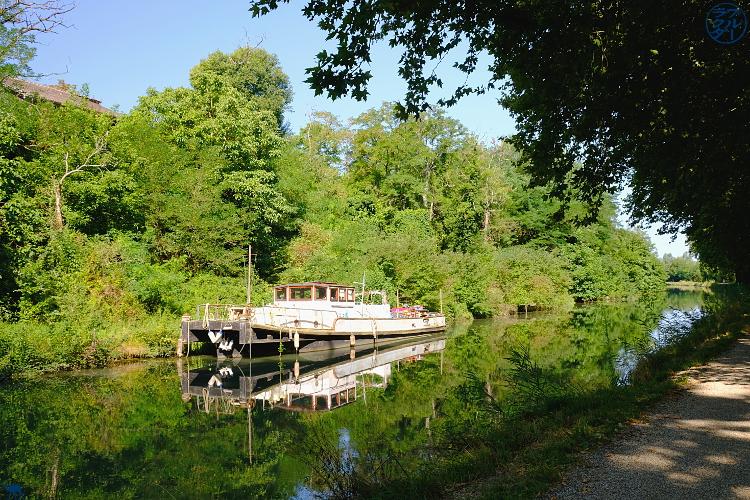 Le Chameau Bleu- blog voyage Canal des deux Mers -péniche dans le Lot et Garonne