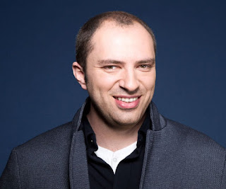 Jan Koum Pendiri Aplikasi WhatsApp Messenger
