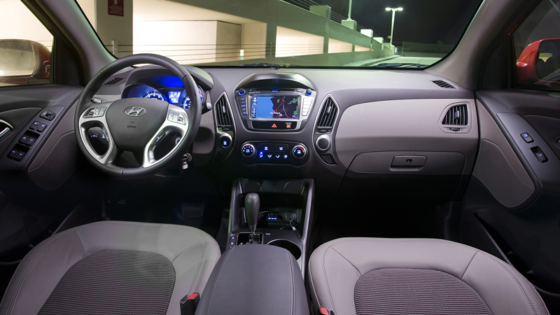 Hyundai tucson 2012 - Hyundai tucson interior pictures ...