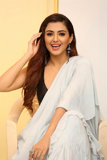 actress malvika sharma images q9 fashion studio launch 327acdd.jpg