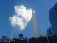 Pollution from a power plant smoke stack. (Credit: Ray Slakinski/flickr) Click to Enlarge.