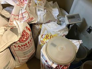 モルト[麦芽]貯蔵庫 (常陸野ネストビール作り体験)