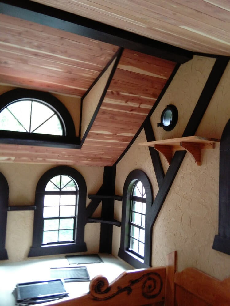 03-Ceiling-Details-Steve-Auth-Woolywagons-Tiny-House-The-Tudor-Cottage-Architecture