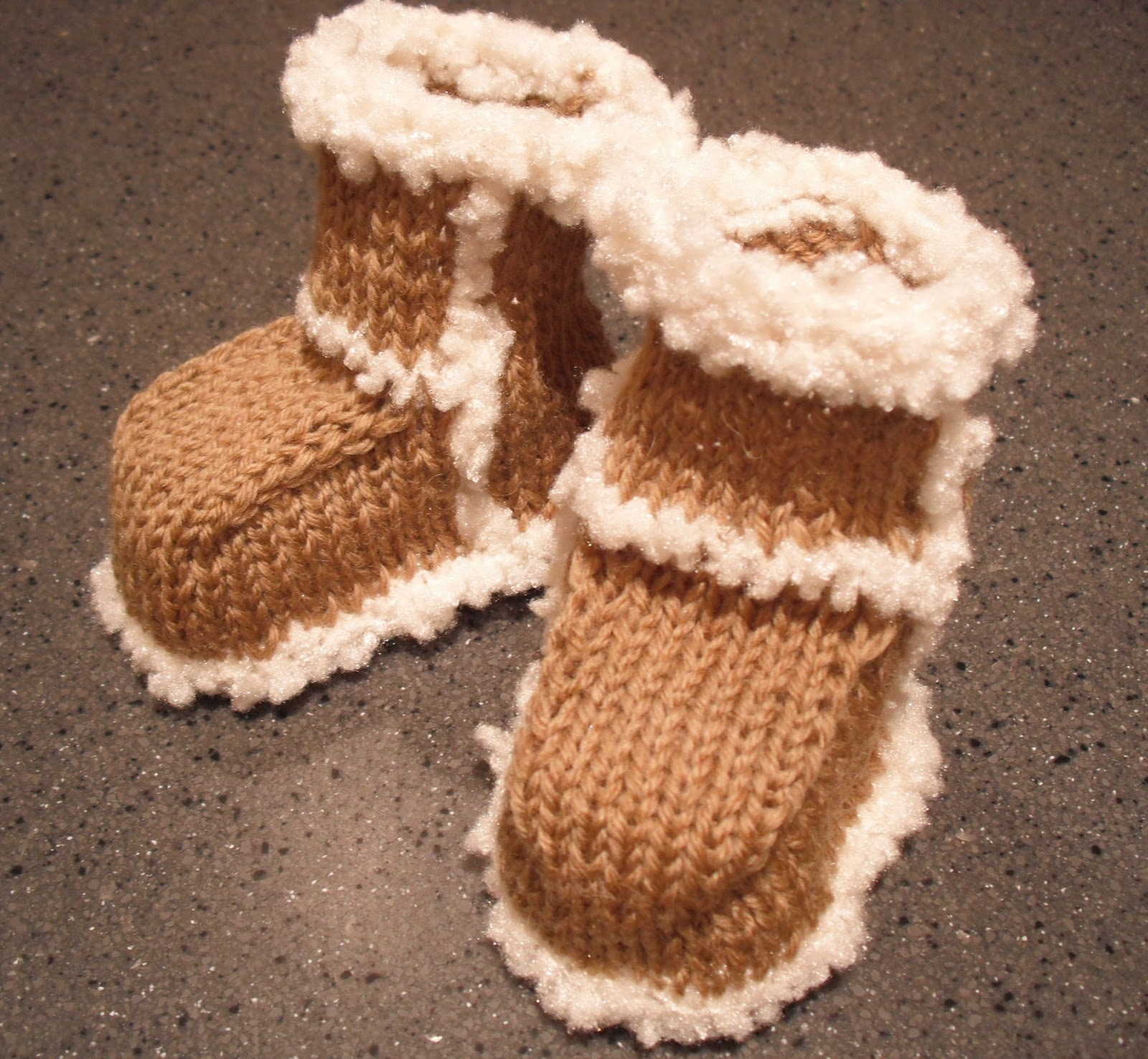 Bitstobuy Knitted Baby Ugg Type Boots