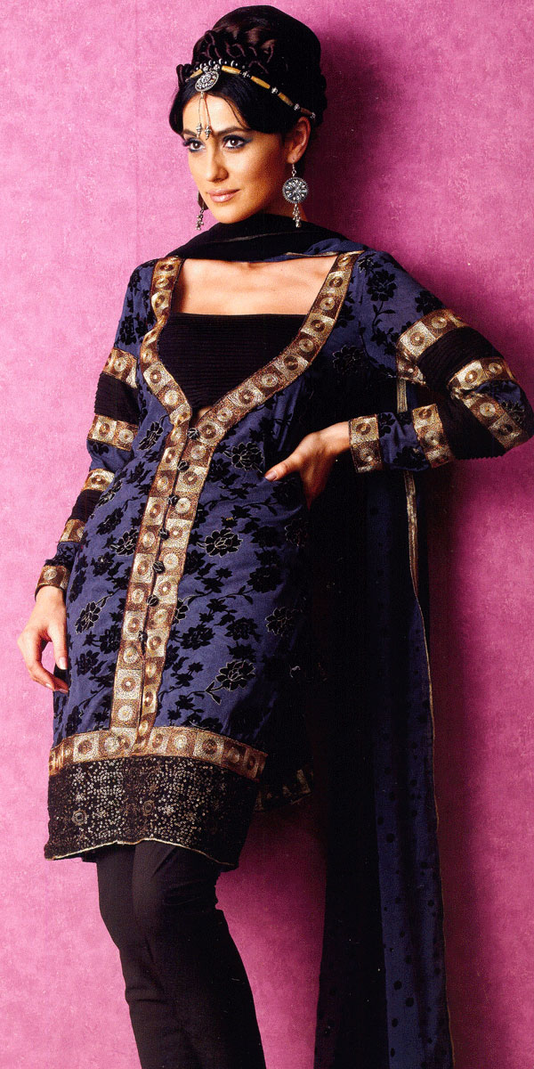 Just Women Fashion New Kameez Neck Designs 2012 For Ladies