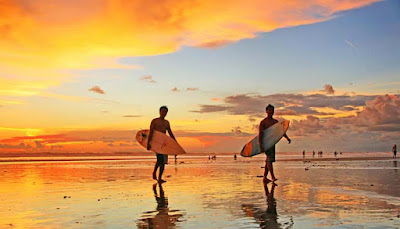 Pantai Kuta Sunset Beach Bali