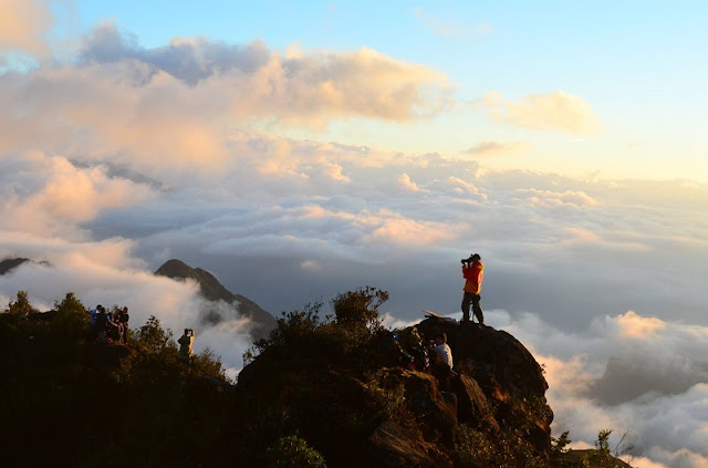 Conquer 3,000m Bach Moc Luong Tu Mount 6
