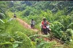 Kodim Putussibau Kawal Distribusi Beras Bantuan Tahap III ke Warga di Kapuas Hulu