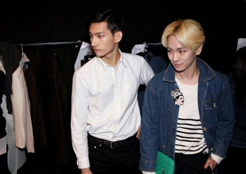 key and park hyung seop dating sim