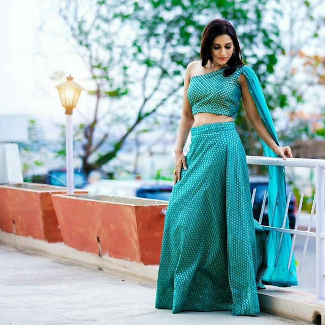 Anchor Rashmi Gautham Latest Cool Photos