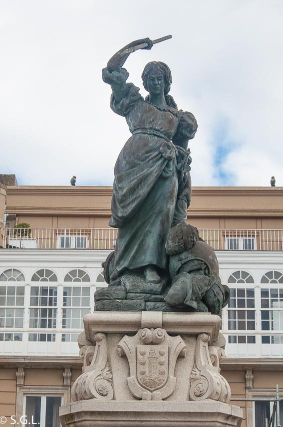 Estatua de Maria Pita. Visitar A coruña en 2 dias