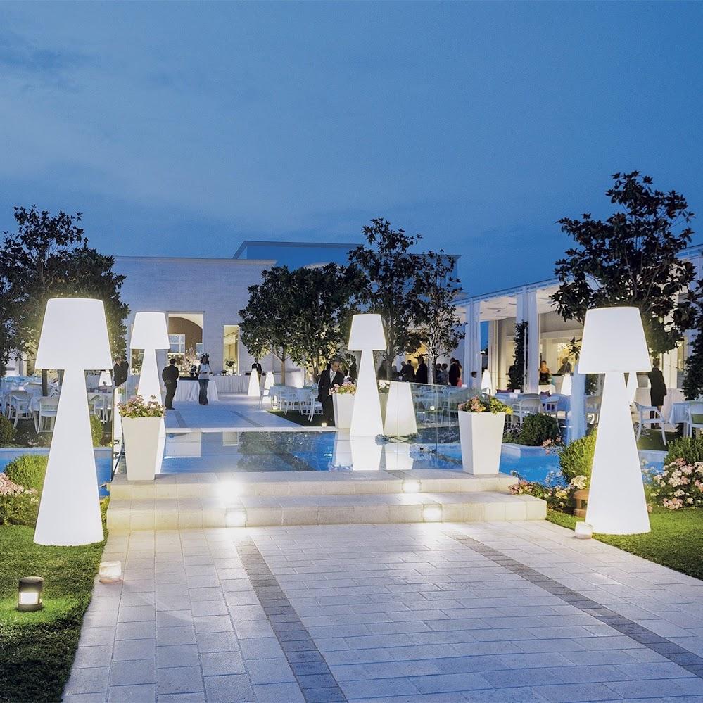outdoor-floor-lamps