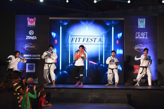 Fit Fest 2017 By Phoenix Marketcity, Kurla  - The Disco Edition