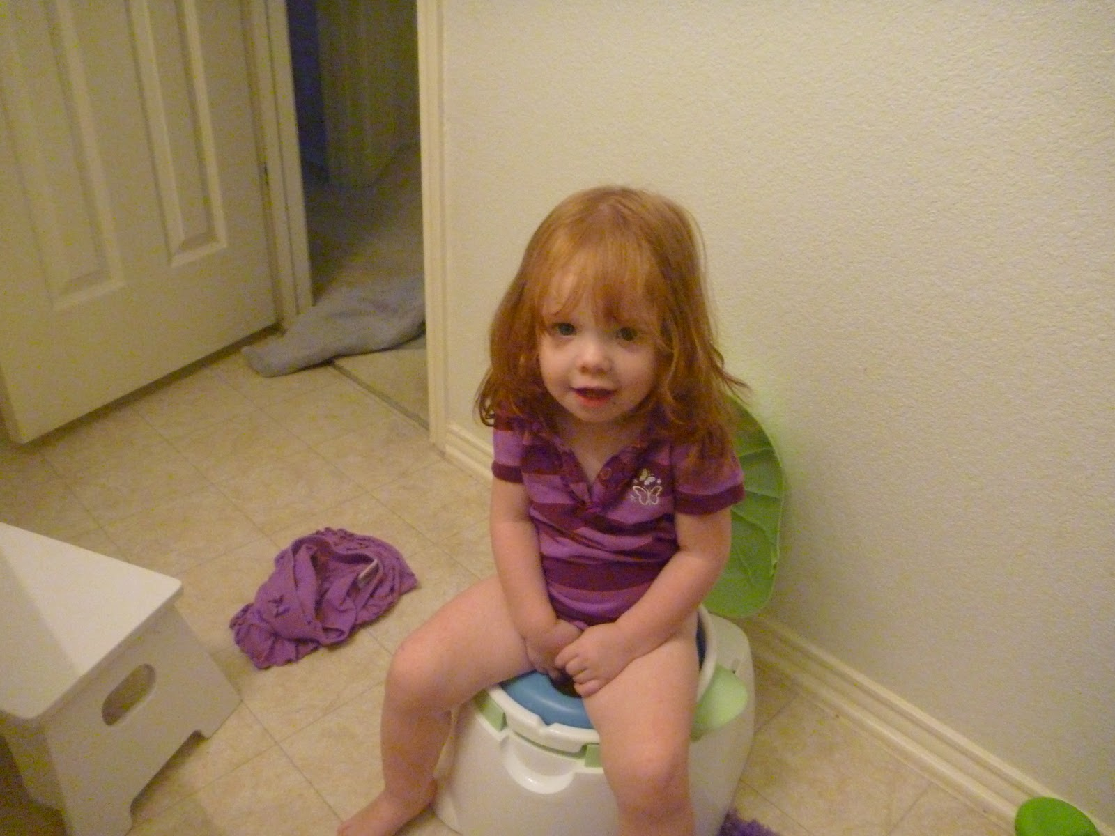 Potty Training Girls - 6 essential tips for potty training ...