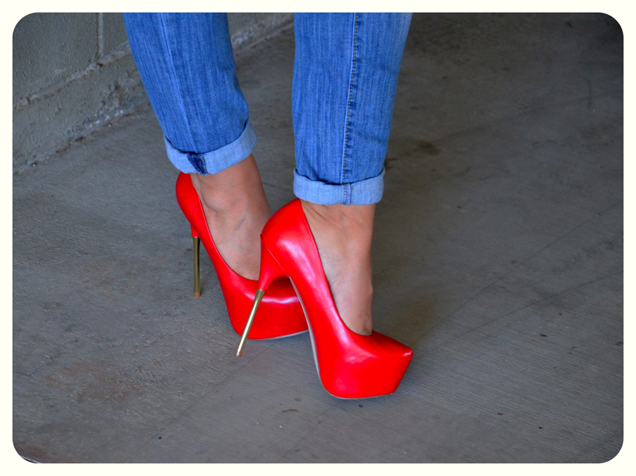 Red Closed Toe Prom Shoes