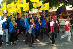 Aksi Membela Para PKL Metro (PMII Metro Lampung)