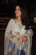 isha talwar latest glam pics-thumbnail-15