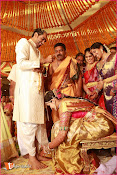 Director Krish Wedding Pics-thumbnail-1