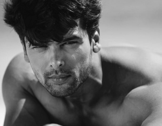 Kushal Tandon and gauhar khan, wife, age, twitter, instagram, latest news, marriage, biography, movie, wedding, photos, girlfriend, date of birth, wife name, body, hairstyle, family, new show, bigg boss, Beyhadh