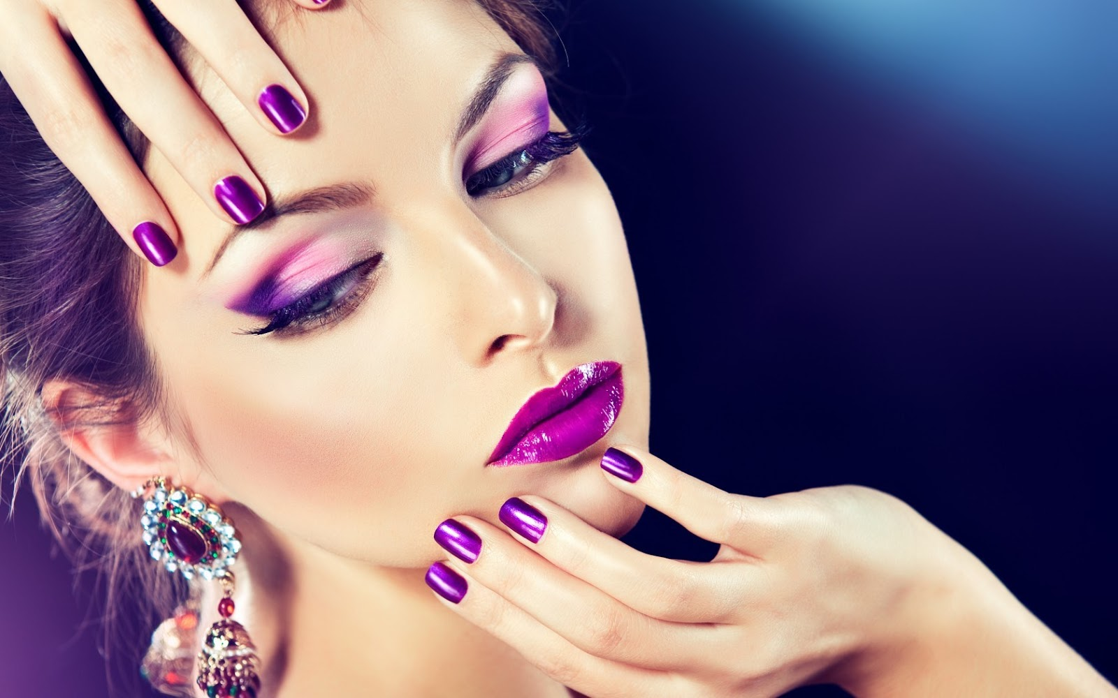 Top 5 HD Eyes Makeup Wallpapers