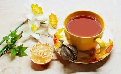 Τσάι με μέλι ,κανέλα,λεμόνι!