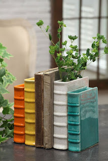 http://thegadgetflow.com/portfolio/book-vase-bookends/