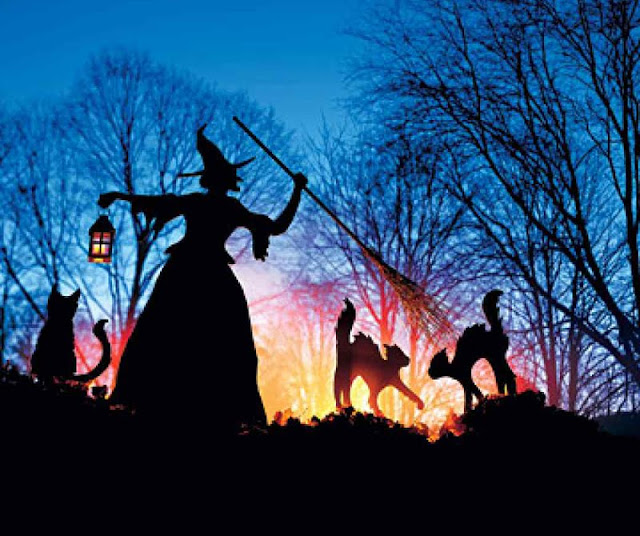 26 Best Halloween spooky decoration ideas 2018. Witch and cat lawn décor ideas for Halloween. Halloween best haunted lawn decoration. Best DIY Halloween Outdoor Decorations for 2018. Halloween party decoration ideas. Halloween spooky decoration ideas for lawn and park. Fun theme decoration for Halloween.