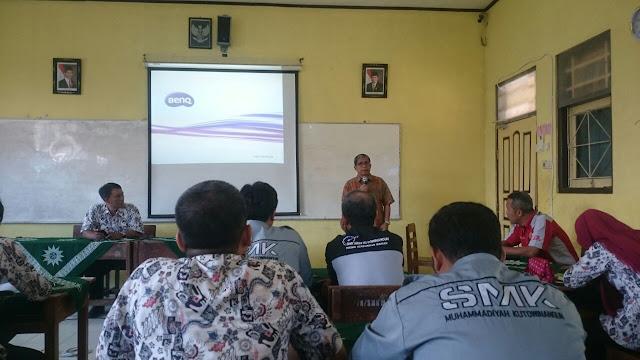 SMK Muhammadiyah Kutowinangun Gagas Produksi Solar Cell pada Monitoring  TEFA Dirjen PSMK