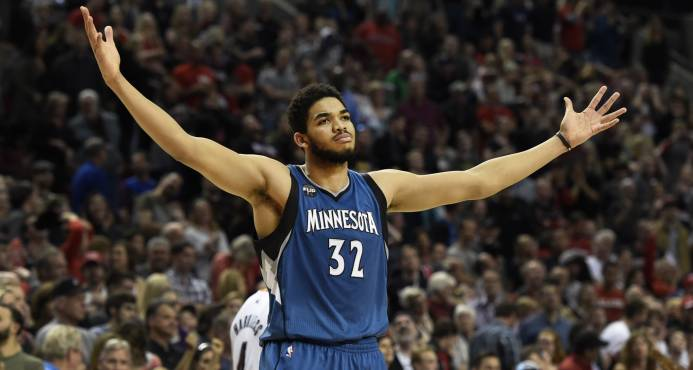 Karl-Anthony Towns logra undécimo doble-doble; Nappier, mejor anotación de temporada