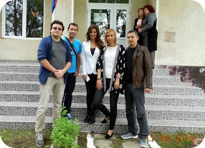 Oana Cuzino, ambasadorul World Vision, poza cu blogoltenii