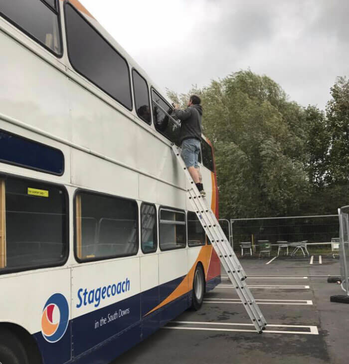 Two UK Women Turned A Double-Decker Bus Into A Shelter For Homeless, Proving The Amazement Human Generosity Can Bring
