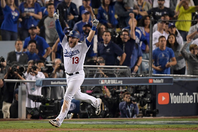 Red Sox vs. Dodgers score: Max Muncy ends longest game in World Series history with Game 3 home run