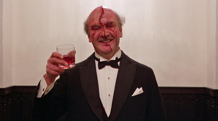 Unbekannter Partygast (Norman Gay) in THE SHINING (1980). Quelle: Warner Blu-ray Screenshot (skaliert)
