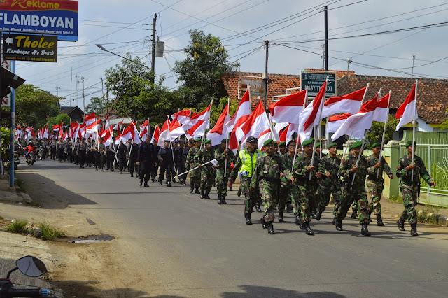 HTI Dibubarkan, GP Ansor Kibar Bendera Merah Putih Tujuh Hari